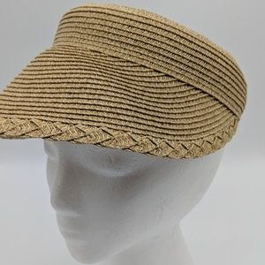 NWT straw visor
